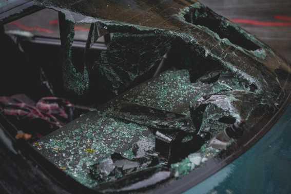 wrrecked car